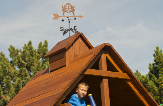 The Deluxe Roof is made from 100% California Redwood so it is resistant to rot and insects for lasting sun protection for your play decks.